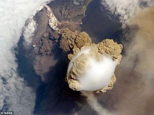 Erupção Vulcão 7